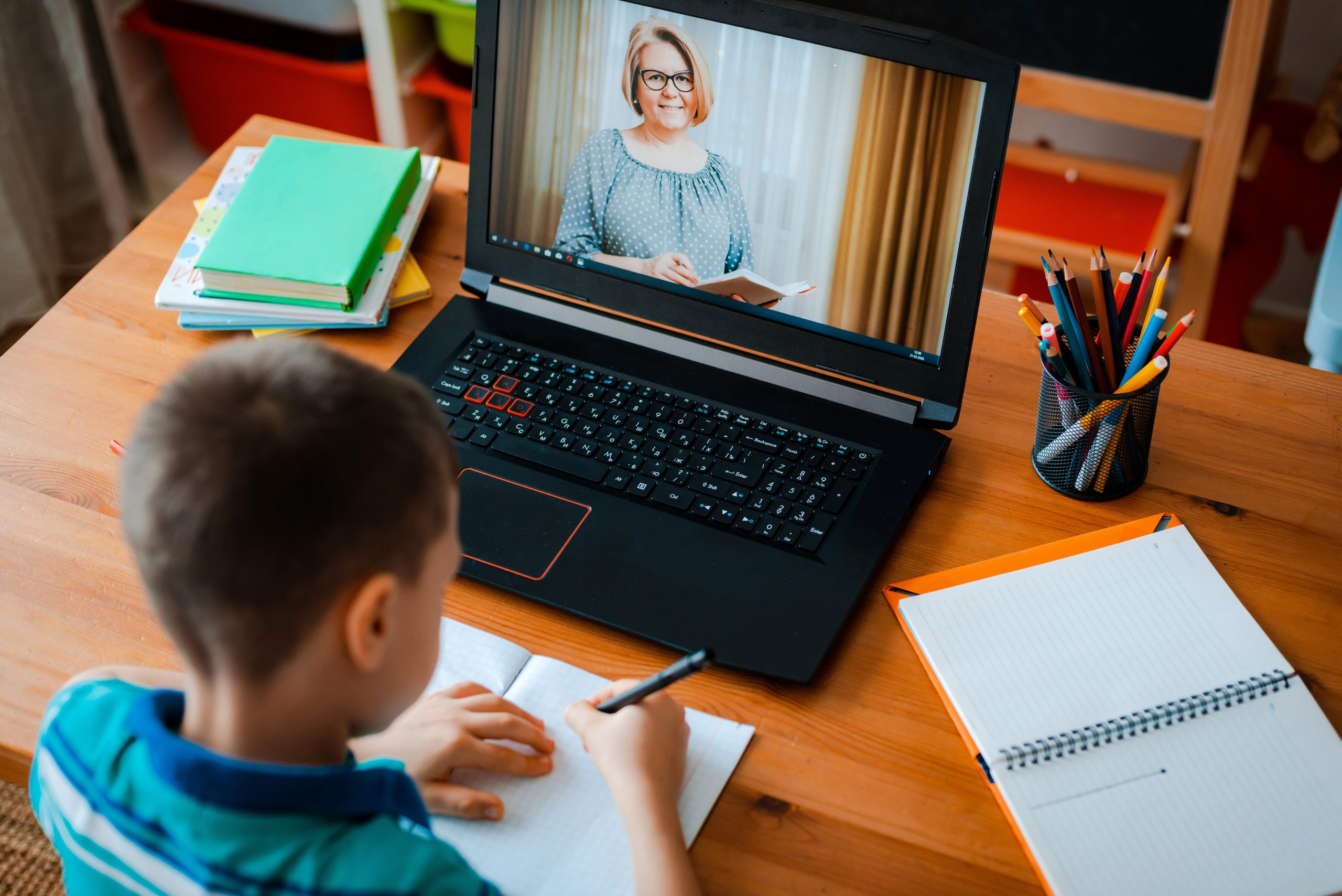 Online learning platforms for schools